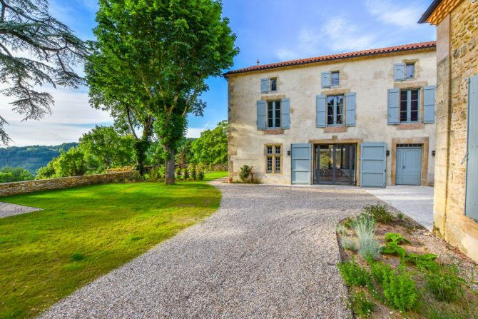 Villapparte-Belvilla-Landhuis La Dépendance-Authentiek vakantiehuis-Dordogne-prachtig uitzicht