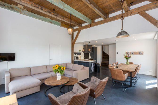 Villapparte-Belvilla-Landhuis 't Blauwtje-vakantiehuis in Zeeland voor 5 personen-gezellige zithoek