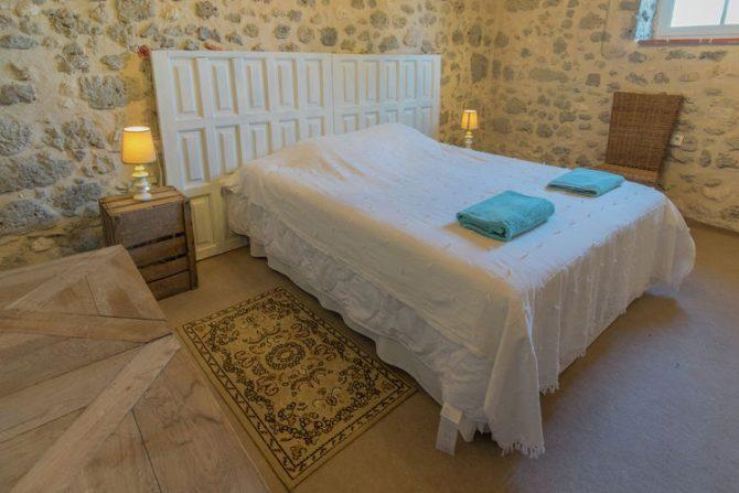 Villapparte-Belvilla-Mas d'Ourbise Penan-luxe vakantievilla-slaapkamer