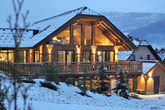 Villapparte-Belvilla-Vakantiehuis Alpinn Wellnesschalet II-Luxe vakantiehuis voor 12 personen in Sankt Margarethen-Oostenrijk-winter