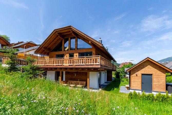 Villapparte-Belvilla-Vakantiehuis Alpinn Wellnesschalet II-Luxe vakantiehuis voor 12 personen in Sankt Margarethen-Oostenrijk-zomer