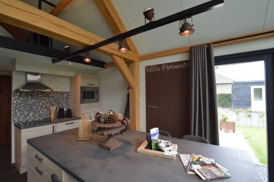 Villapparte-Belvilla-Vakantiehuis Droomeind Villa Brocante-luxe vakantiehuis voor 4 personen op kleinschalig parkje-Alphen-Noord Brabant-luxe keuken
