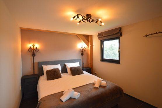 Villapparte-Belvilla-Vakantiehuis Droomeind Villa Brocante-luxe vakantiehuis voor 4 personen op kleinschalig parkje-Alphen-Noord Brabant-luxe slaapkamer