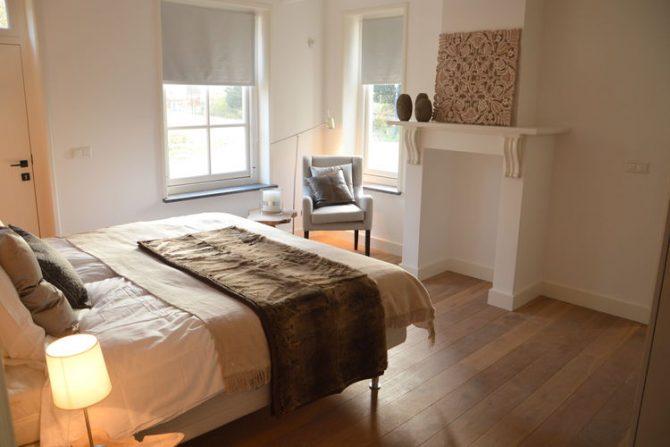 Villapparte-Belvilla-Vakantiehuis Het Hemels Helleke-luxe vakantiehuis voor 12 personen-Oosterhout-Noord Brabant-romantische slaapkamer