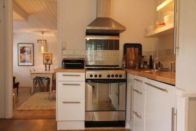 Villapparte-Belvilla-Vakantiehuis Mary's Zomerhuis-romantisch vakantiehuis voor 4 personen-Bergen-Noord-Holland-complete keuken