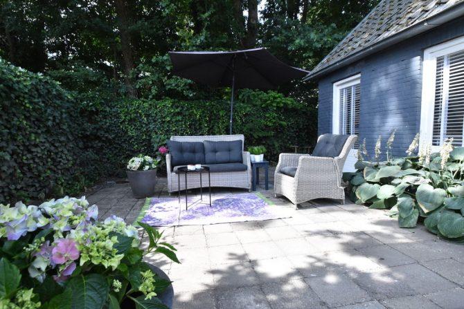 Villapparte-Belvilla-Vakantiehuis Mary's Zomerhuis-romantisch vakantiehuis voor 4 personen-Bergen-Noord-Holland-loungeset