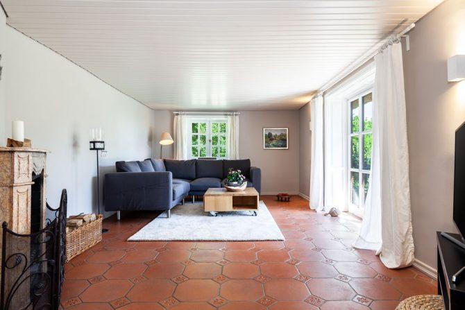 Villapparte-Belvilla-Vakantiehuis Reetselig am See in Klein Barkau-luxe vakantiehuis voor 6 personen met zwembad-Duitsland-romantische woonkamer