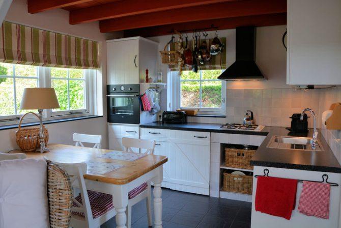 Villapparte-Belvilla-Vakantiehuis Searose in Noordwijk-gezellig vakantiehuis voor 2 personen-gezellige keuken