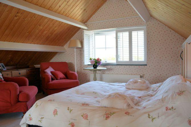 Villapparte-Belvilla-Vakantiehuis Searose in Noordwijk-gezellig vakantiehuis voor 2 personen-romantische slaapkamer