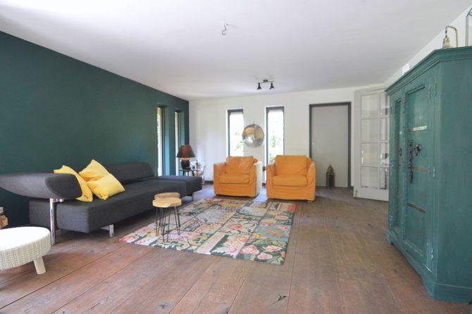 Villapparte-Belvilla-Vakantiehuis Uilennest-luxe kindvriendelijk vakantiehuis voor 7 personen-Haaren-Noord Brabant-gezellige woonkamer