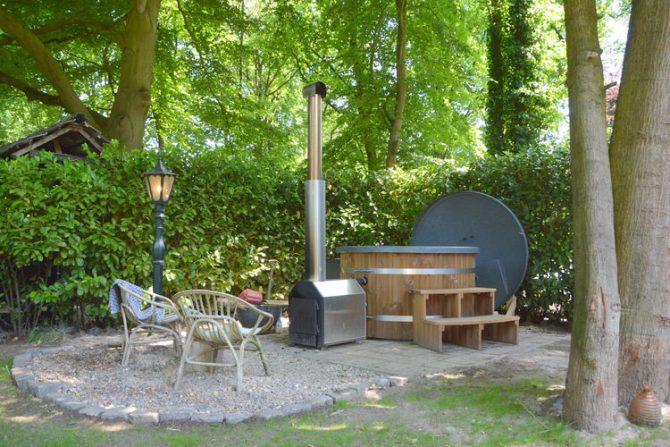 Villapparte-Belvilla-Vakantiehuis Uilennest-luxe kindvriendelijk vakantiehuis voor 7 personen-Haaren-Noord Brabant-op hout gestookte hottub