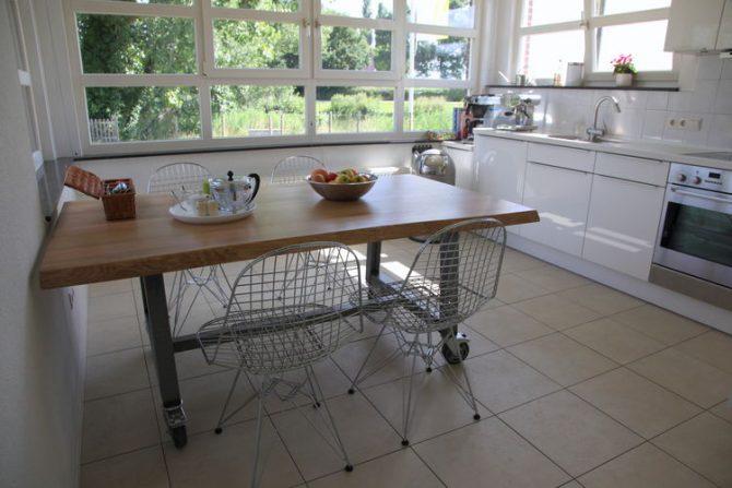 Villapparte-Belvilla-Vakantiehuis de Blauwe Sluis-luxe vakantiehuis voor 8 personen in Steenbergen-Noord Brabant-lichte luxe keuken