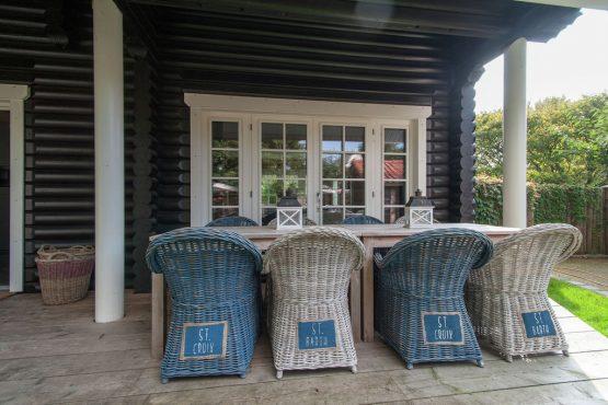 Villapparte-Belvilla-Villa de Pierewaaier-luxe vakantiehuis voor 8 personen-Sint Maartenszee-overdekt terras