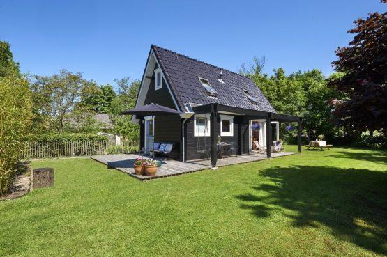 Villapparte-Natuurhuisje 36251-Fin's Vakantiehuis in Bergen-3 personen-Noord-Holland