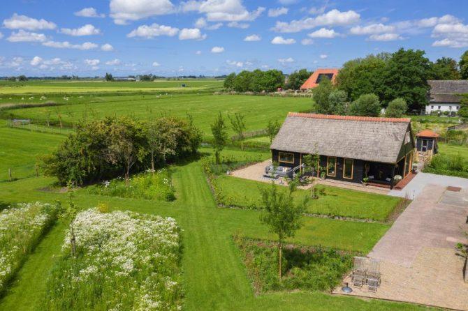 Villapparte-Natuurhuisje 37959-landelijke schapenschuur in Boksum voor 4 personen-Friesland
