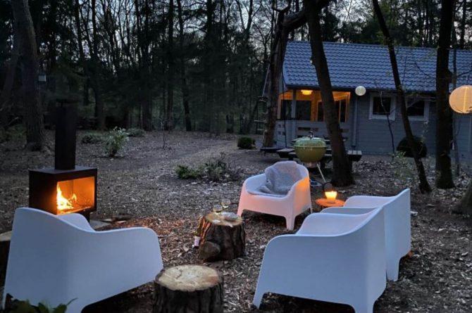 Villapparte-Scandinavische Chalet in Epe-Veluwe-luxe vakantiechalet voor 6 personen-Gelderland-buitenkachel