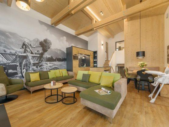 Villapparte-Center Parcs Allgau-Zuid-Duitsland-luxe vakantiehuis met sauna-8 personen-woonkamer met eethoek