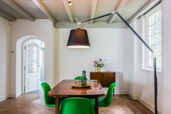Villapparte-Natuurhuisje 29852-Historisch vakantiehuis in Loon op Zand-historisch kasteel-4 personen-moderne eettafel