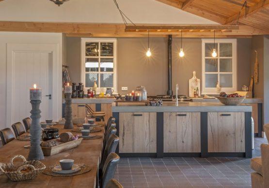 Villapparte-Natuurhuisje 31915-Vakantiehuis De Maasduinen in Afferden-Limburg-voor 6 personen-keuken met eethoek