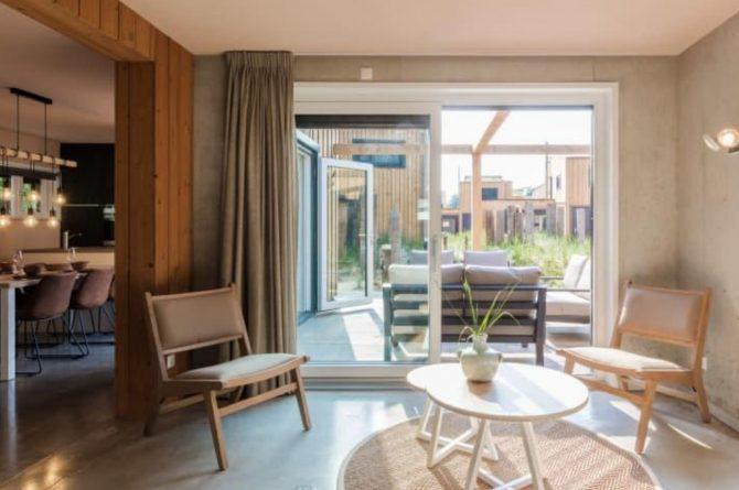 Villapparte-Duinlodge 6 Vlissingen-Roompot-Largo-Luxe vakantiehuis aan de duinen-6 personen-Vlissingen-Zeeland-uitzicht op terras