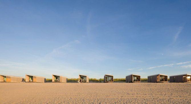 Villapparte-Kijkduin Strandhuisjes-4 personen-uniek strandhuisje op het strand-Zuid-Holland-Den Haag-alle huisjes op een rij