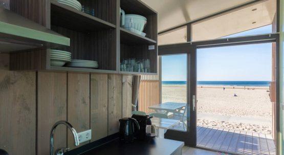 Villapparte-Kijkduin Strandhuisjes-4 personen-uniek strandhuisje op het strand-Zuid-Holland-Den Haag-complete keuken