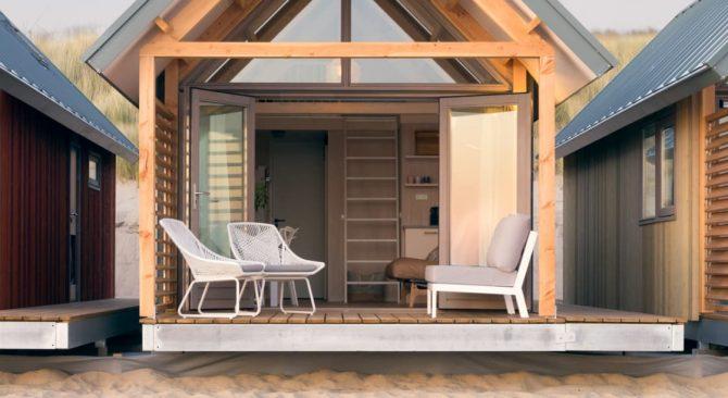 Villapparte-LARGO Noordzee Resort Vlissingen- Beach House Vlissingen-Roompot-Strandhuisje voor 5 personen-op het strand-lounge terras