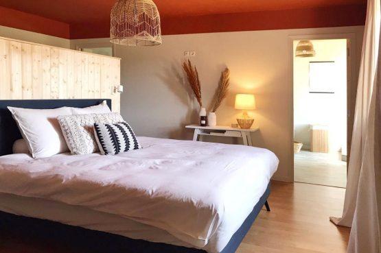 Villapparte-La Maison de Mar-romantisch vakantiehuisje voor 4 personen-Champagne streek-Frankrijk-d romantische slaapkamer