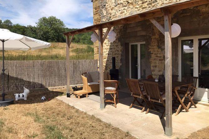 Villapparte-La Maison de Mar-romantisch vakantiehuisje voor 4 personen-Champagne streek-Frankrijk-gezellig overdekt terras
