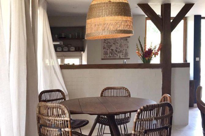 Villapparte-La Maison de Mar-romantisch vakantiehuisje voor 4 personen-Champagne streek-Frankrijk-gezellige eethoek