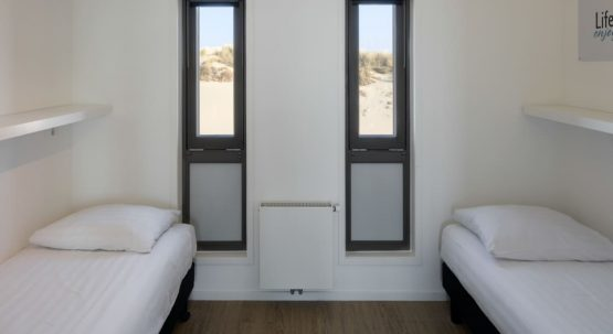 Villapparte-Largo Beach Villa Hoek van Holland-villa op het strand voor 6 personen-Zuid-Holland-slaapkamer boven