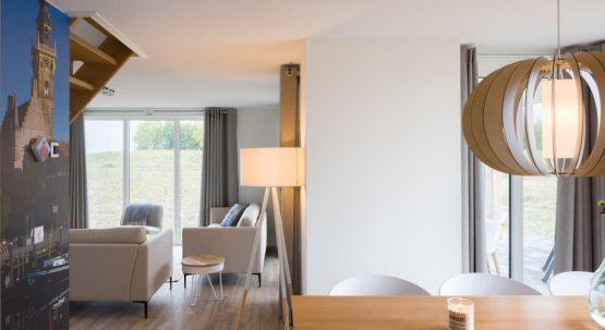 Villapparte-Largo Domein Het Camperveer-Watervilla Byron 6 luxe villa voor 6 personen-eethoek en zithoek-Veerse Meer-Zeeland