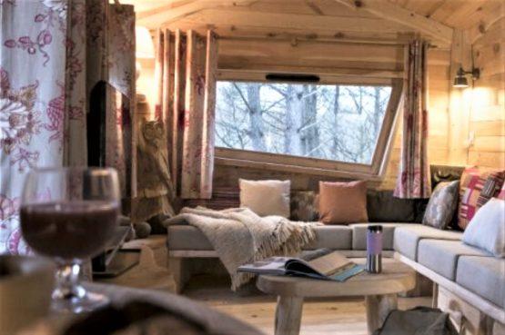 Villapparte-Center Parcs Bois aux Daims-Morton-Vienne-Frankrijk-Boomhuis voor 4 personen-romantische zithoek