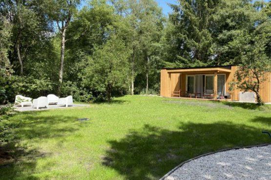 Villapparte-Natuurhuisje-Het Houten Boshuis in Koekangerveld-prachtig vakantiehuis voor 4 personen-midden in het bos-Drenthe