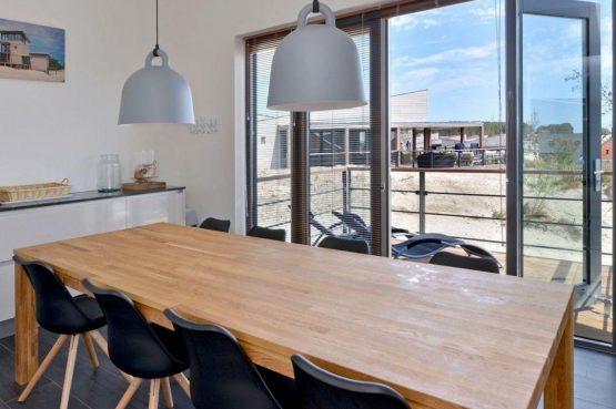 Villapparte-Oasis Punt West-Toren Villa- luxe vakantievilla voor 8 personen-Ouddorp-Zuid-Holland-luxe eethoek