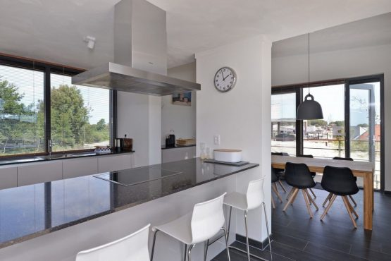 Villapparte-Oasis Punt West-Toren Villa- luxe vakantievilla voor 8 personen-Ouddorp-Zuid-Holland-luxe keuken