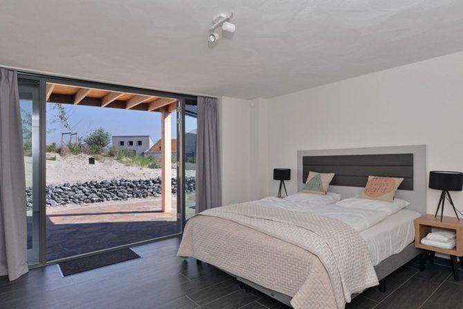 Villapparte-Oasis Punt West-Toren Villa- luxe vakantievilla voor 8 personen-Ouddorp-Zuid-Holland-luxe slaapkamer