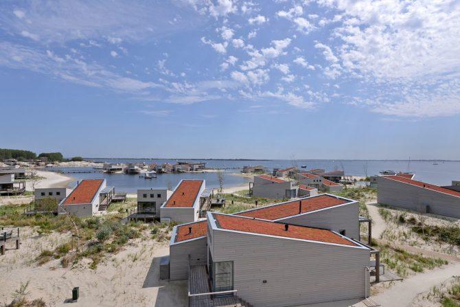 Villapparte-Oasis Punt West-Toren Villa- luxe vakantievilla voor 8 personen-Ouddorp-Zuid-Holland-uitzicht Grevelingenmeer
