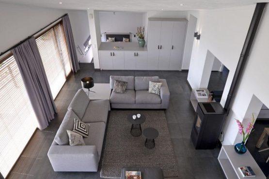 Villapparte-Oasis Punt-West-Villa Super VIP 4-luxe vakantie villa aan het Grevelingenmeer-Zuid-Holland-Nederland-luxe woonkamer met houtkachel