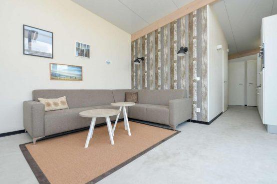 Villapparte-Qurios-Sea House Comfort-luxe lodge voor 4 personen-Bloemendaal aan zee-gezellige zithoek