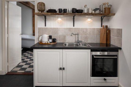 Villapparte-Vakantieboerderij Baarland-Zeeland-Baarland-Natuurhuisje-2 personen-compacte en luxe keuken