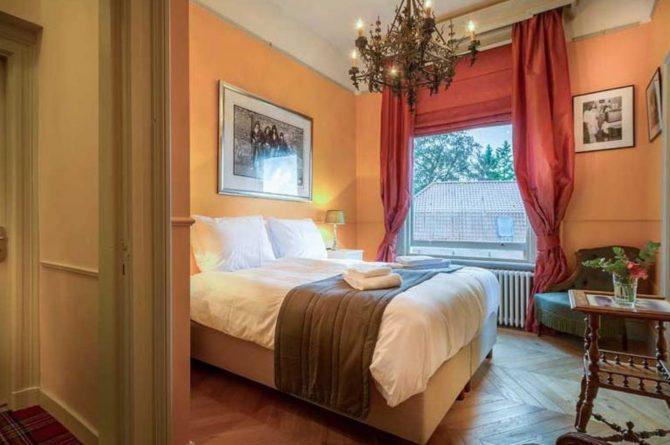 Villapparte-Logement aan de Vecht-Eliza was here-authentieke overnachting-kleinschalig-prachtige slaapkamer2