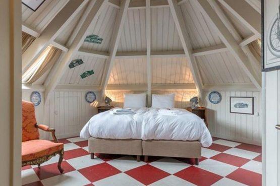 Villapparte-Logement aan de Vecht-Eliza was here-authentieke overnachting-kleinschalig-prachtige slaapkamer3