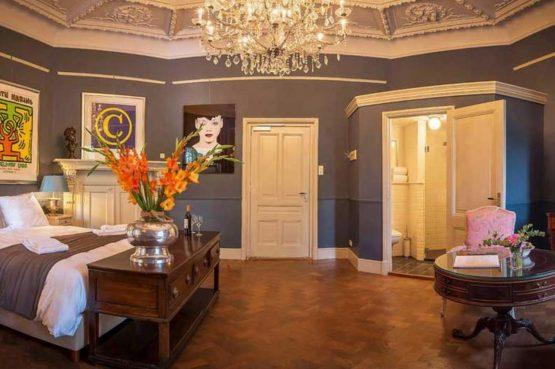 Villapparte-Logement aan de Vecht-Eliza was here-authentieke overnachting-kleinschalig-prachtige slaapkamer5