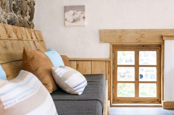 Villapparte-Vakantiehuis Murol-2-4 persoons vakantiehuis-Auvergne-Rhône-Alpes-Murol-Frankrijk-knusse loungebank