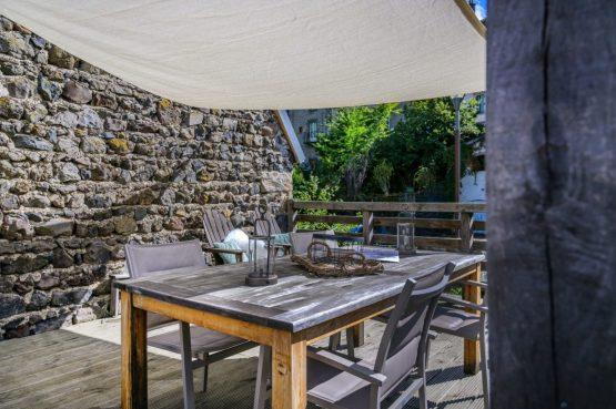 Villapparte-Vakantiehuis Murol-2-4 persoons vakantiehuis-Auvergne-Rhône-Alpes-Murol-Frankrijk-overdekt dakterras