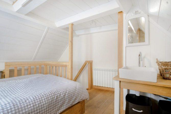 Villapparte-Vakantiehuis Murol-2-4 persoons vakantiehuis-Auvergne-Rhône-Alpes-Murol-Frankrijk-slaapkamer met slaapvide