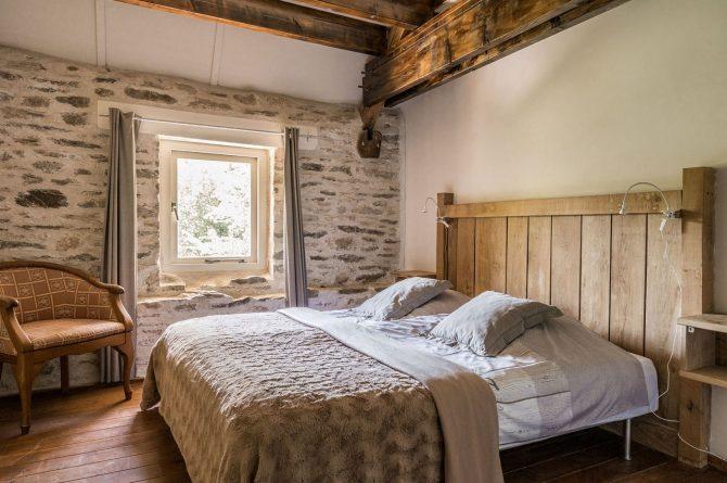 Villapparte-La Bastide - een kleinschalig vakantiedomein met 8 vakantiehuizen in de Haute Vienne met 2 zwembaden-slaapkamer Vakantiehuis Loire