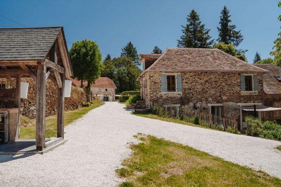 Villapparte-La Bastide - een kleinschalig vakantiedomein met 8 vakantiehuizen in de Haute Vienne met 2 zwembaden-vakantiehuis Dordogne