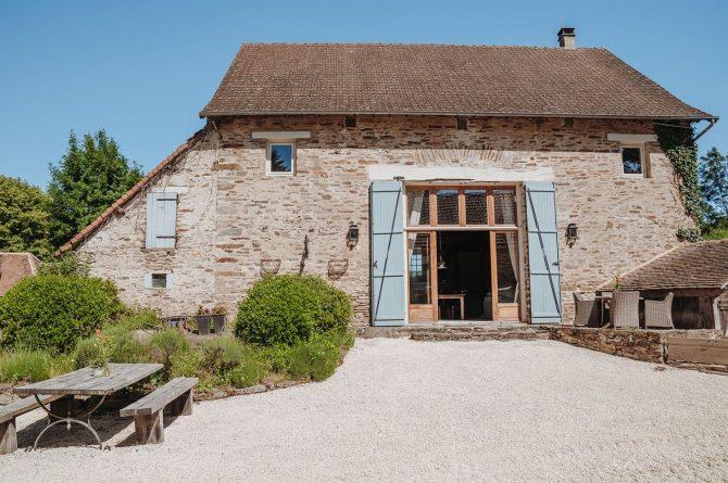 Villapparte-La Bastide - een kleinschalig vakantiedomein met 8 vakantiehuizen in de Haute Vienne met 2 zwembaden-vrijstaand vakantiehuis Provence voor 10 personen